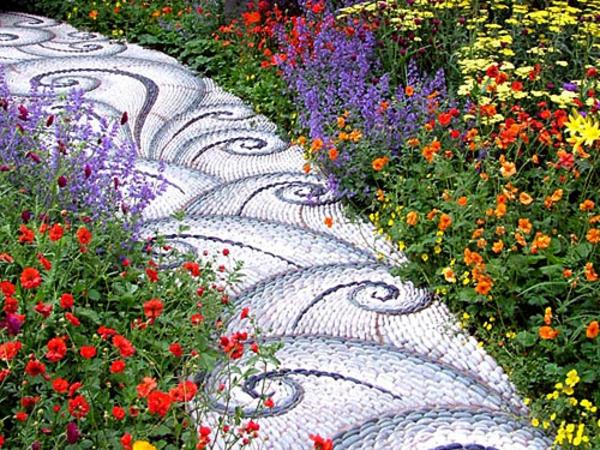 dallage-en-pierre-naturelle-design-d'un-jardin-moderne