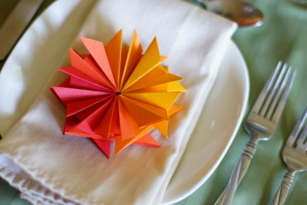 deco-serviette-en-papeir-couleur-d'automne