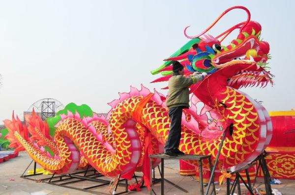 decoration-chinoise-une-deux-trois-dragon