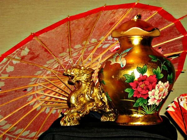 decoration-chinoise-une-deux-trois-quatre-cinque-six-accessoires-table
