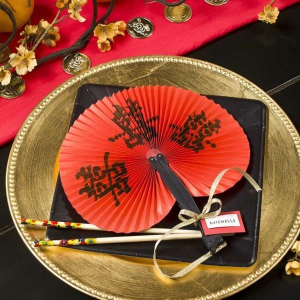 decoration-chinoise-une-deux-trois-quatre-cinque-six-nouvel-aneee-couverts-michelle