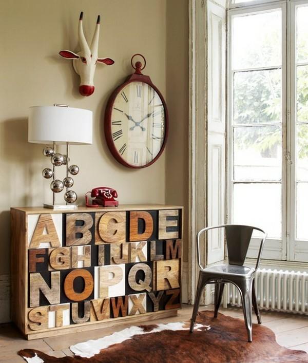 decoration-en-bois-etegeres-lettres-tete-d'animal