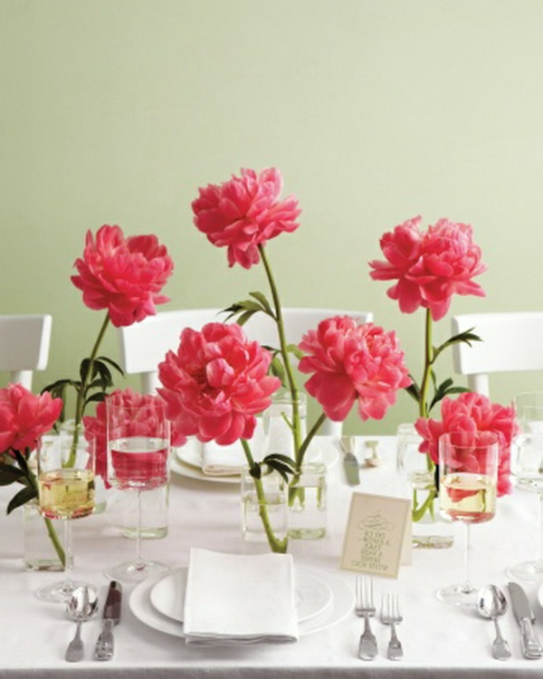 decoration-nouvel-an-table-fleurs-roses