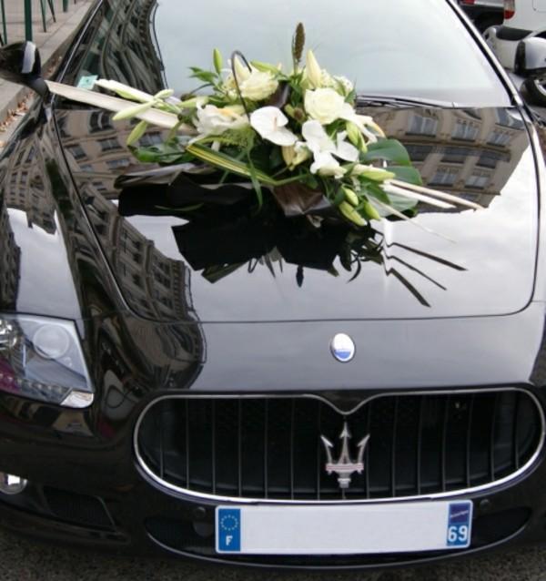 comment dcorer une voiture de mariage best dcoration de voiture pour mariage with comment. Black Bedroom Furniture Sets. Home Design Ideas