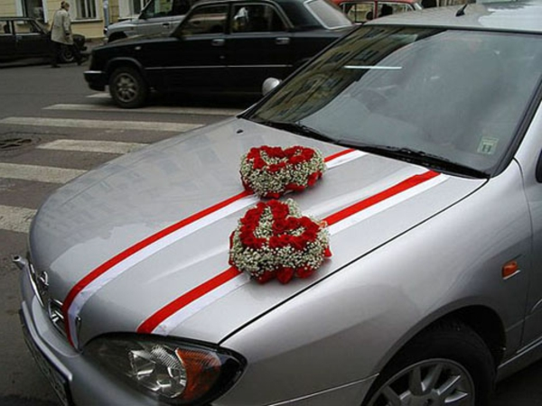 decoration-voiture-mariage-coeurs