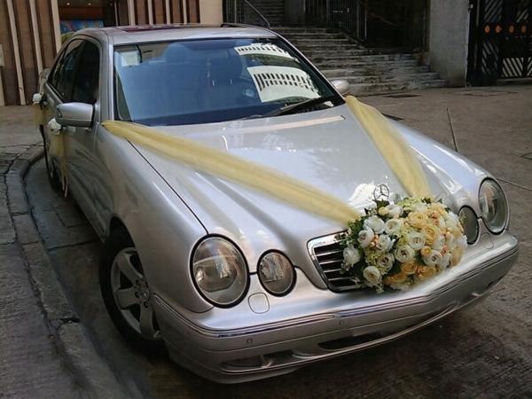decoration-voiture-mariage-mercedez