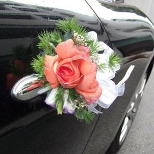 La décoration de voiture de mariage - c'est faisable!