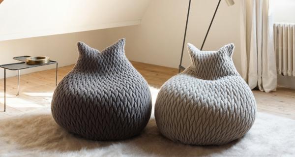 double-modèle-de-pouf-blanc-et-gris-original