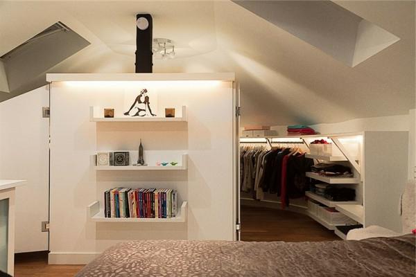 Un dressing mansarde des id es cr atives pour l 39 usage efficace de l 39 espace disponible for Photos dressing dans une chambre