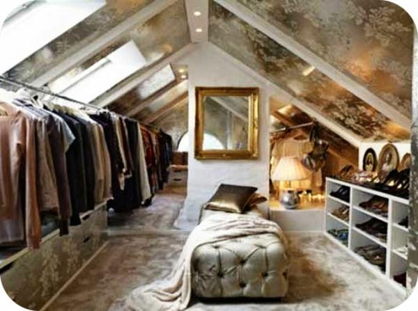dressing-mansarde-idee-de-rangement-touche-de-luxe