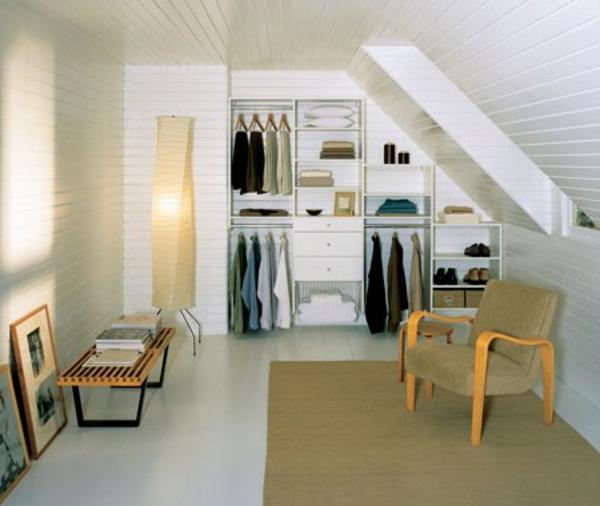Un dressing mansarde des id es cr atives pour l 39 usage - Dressing chambre mansardee ...