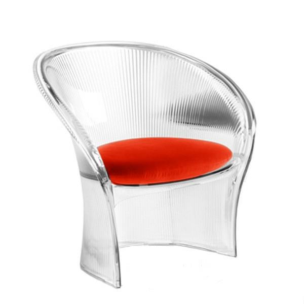fauteuil-design-rouge-siege-rouge-dossier-transparent