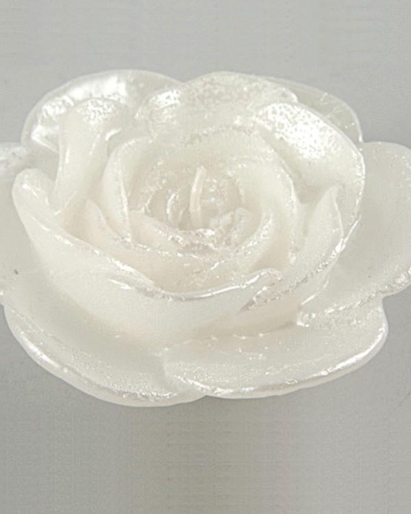 bougie-fleur-rose-blanche