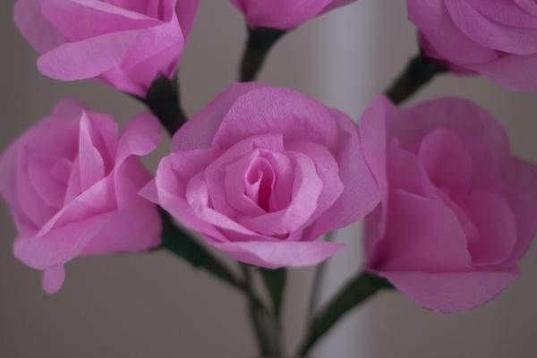 fleur-en-papier-crepon-bouquet-roses