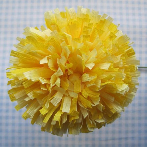 fleur-en-papier-crepon-jaune-jolie
