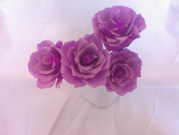 fleur-en-papier-crepon-roses-violets