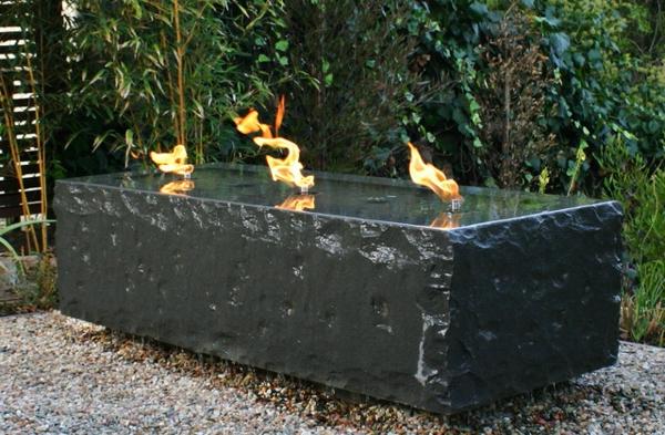 fontaine-de-jardin-design-moderne-hollywood