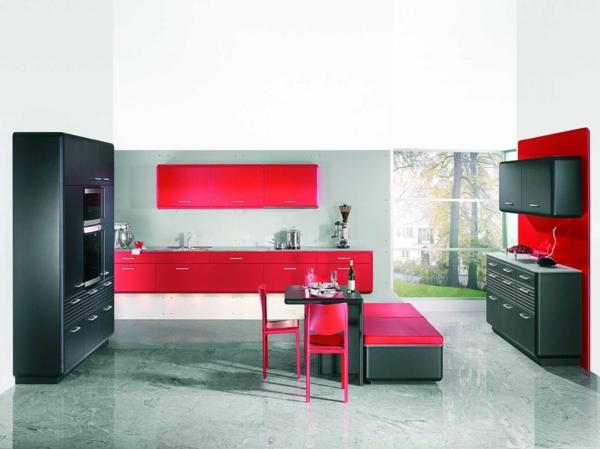 four-encastrable-noir-cuisine-moderne-couleurs-vives