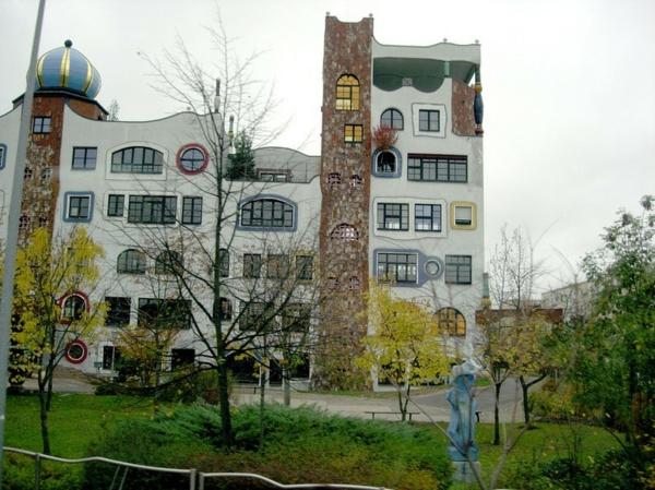 hundertwasser-ecole-architecture-wittenberg-facade
