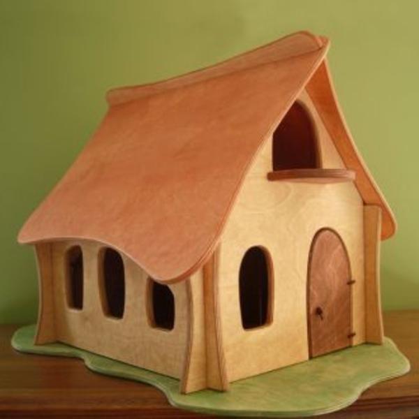 Le jouet maison en bois  pour les moments inoubliables à