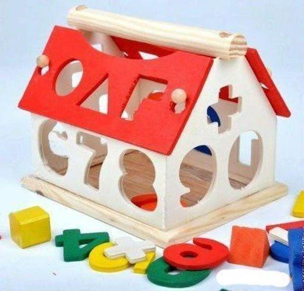 jouet-maison-en-bois-chiffres-puzzle
