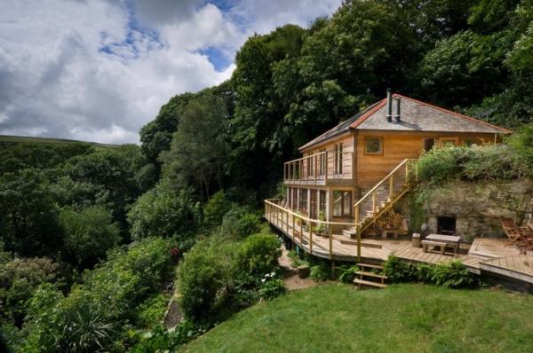 la-maison-en-bois-est-ecologique-et-belle
