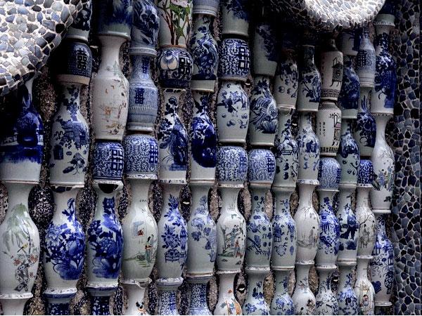 la-passion-pour-la-porcelaine-un-mur-de-la-maison-de-la-porcelaine