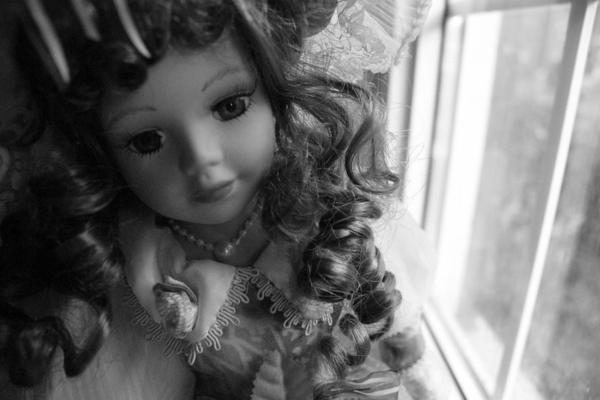 la-passion-pour-la-porcelaine-une-poupée-de-style-ancien