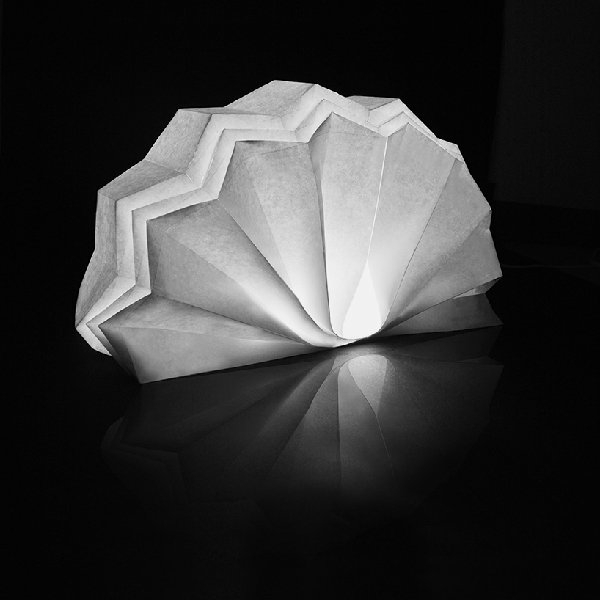 lampe-origami-éventail-blanche