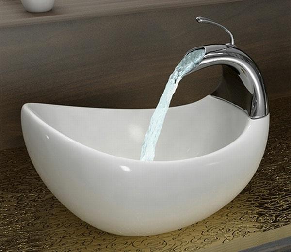 lavabo-a-forme-inhabituelle-boule