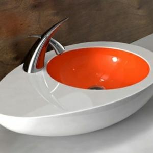 Un lavabo de salle de bains à forme inhabituelle donnera l'esprit design à l'intérieure