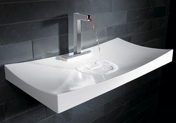 lavabo-a-forme-inhabituelle-geometrique