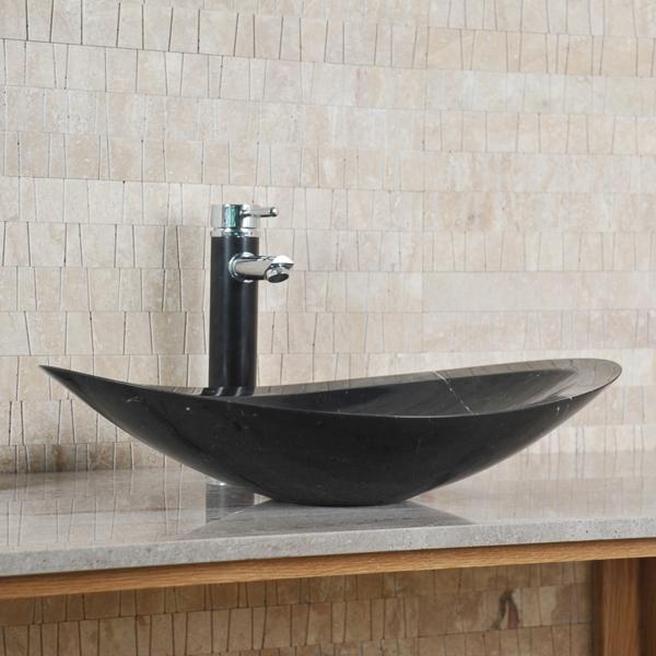 Un lavabo noir pour la salle de bains élégante - Archzine.fr