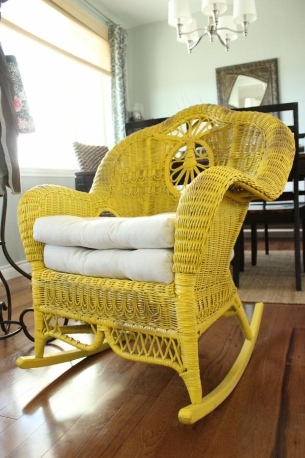 fauteuil-osier-jaune-balançoire