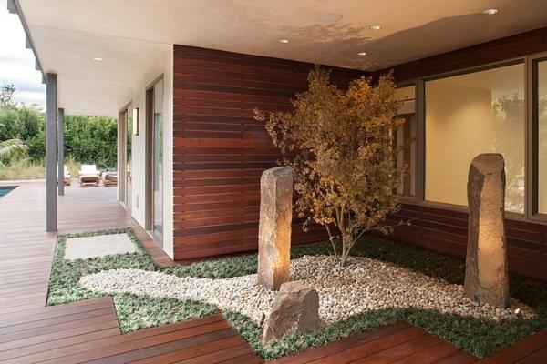 le-gravier-décoratif-devant-une-maison