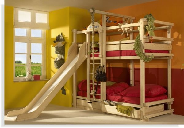 le lit mezzanine toboggan pour le plaisir de vos chers. Black Bedroom Furniture Sets. Home Design Ideas