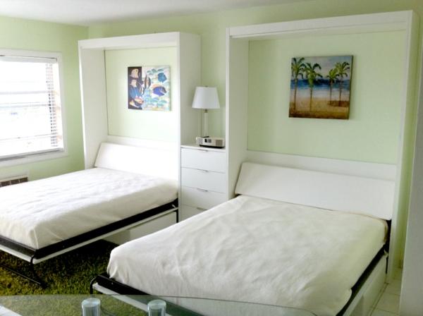 lit-rabattable-deux-lits-rabattables-blancs