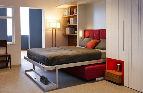 lit-rabattable-avec-une-armoire-et-une-étagère
