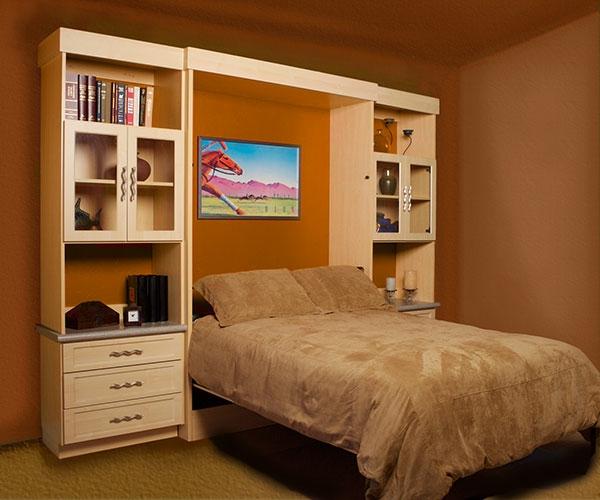 lit-rabattable-avec-un-une-section-jolie