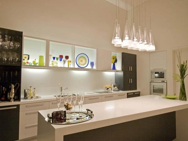 Quelques id es brillantes avec un luminaire suspendu for Luminaire suspendu table cuisine