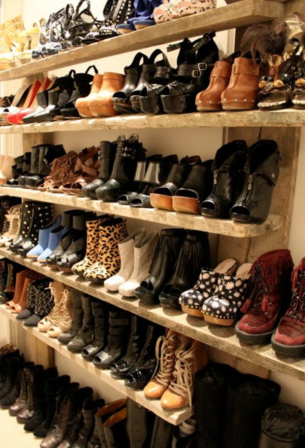 Le meuble chaussure design organise de petites expositions - Meuble pour ranger les chaussures ...