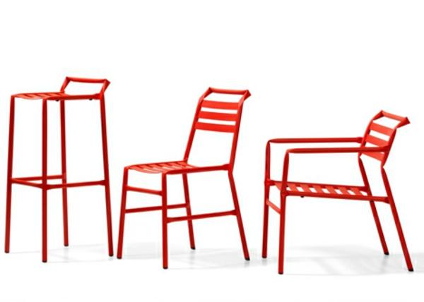 meuble-en-acier-chaises-intéréssantes