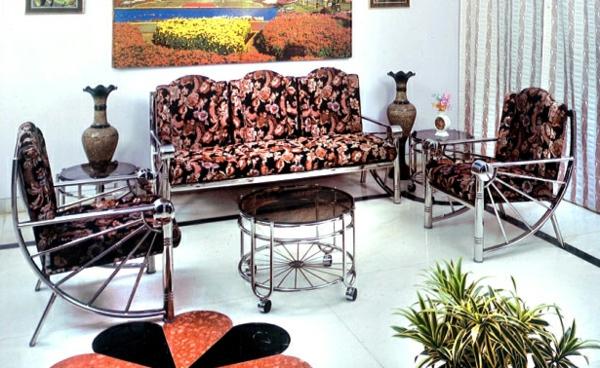 meuble-en-acier-dans-une-pièce-jolie