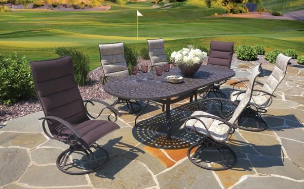 Le meuble en acier chic et durabilit for Table exterieur joli
