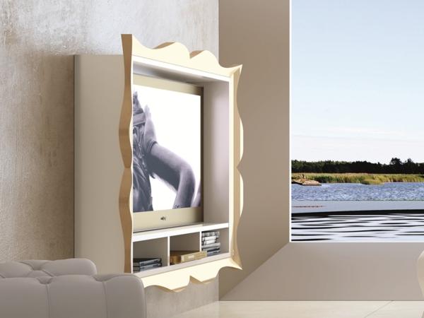 meuble-tv-laqué-blanc-avec-un-cadre-beige-décorative