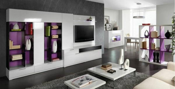 meuble-tv-laqué-blanc-des-étagères-modernes-et-une-jolie-déco