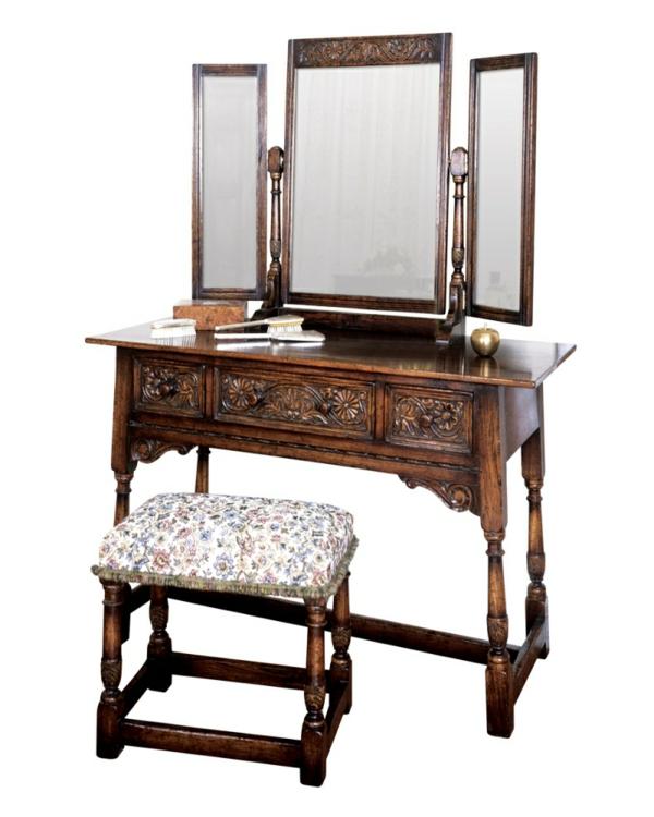 miroir-triptyque-avec-table