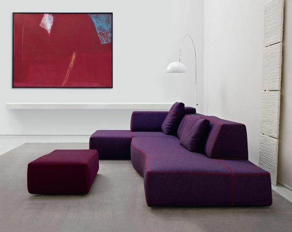 mobilier-de-design-contemporain-des-canapés-et-un-tabouret-de-design-minimaliste