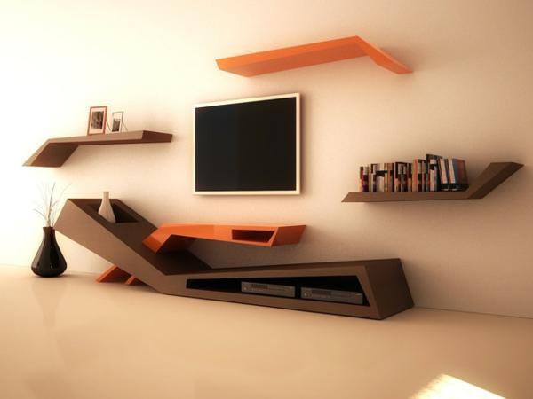 mobilier-de-design-contemporain-quelques-étagères-modernes-et-un-écran-fixé-au-mur
