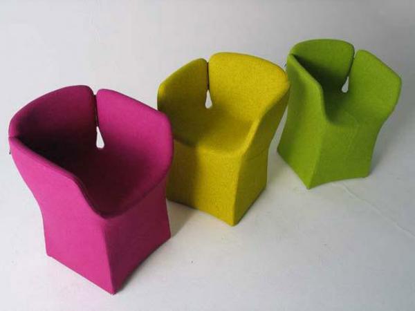 mobilier-de- design-contemporain-trois-chaises-colorées